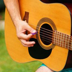Cours de guitare en groupe - initiation